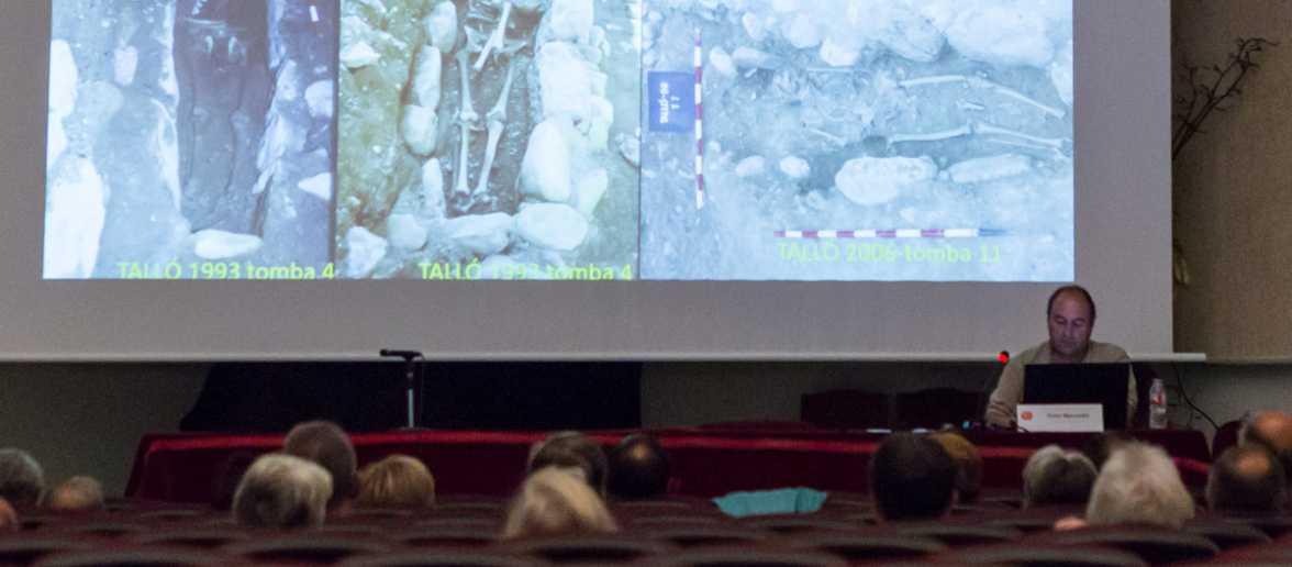 """Conferència """"Malalties dels cerdans i alturgellencs al llarg de la història (i prehistòria) mitjançant les restes òssies"""" a càrrec d'Oriol Mercadal"""