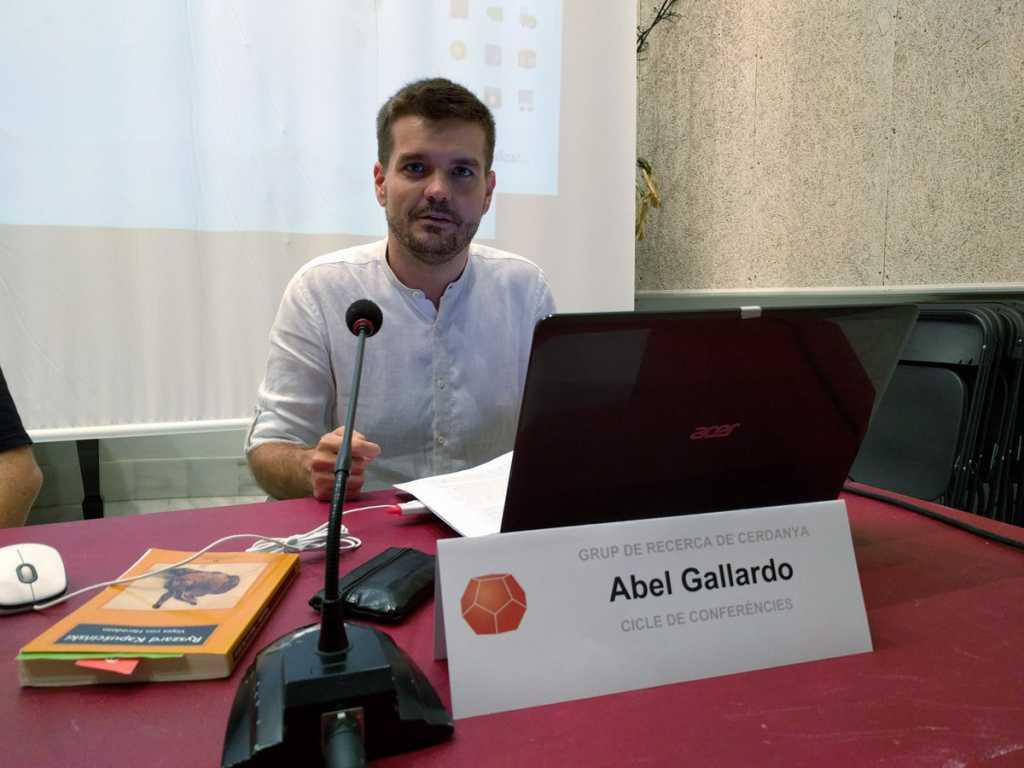 Abel Gallardo - Conferència Viatjar amb ulls de periodista
