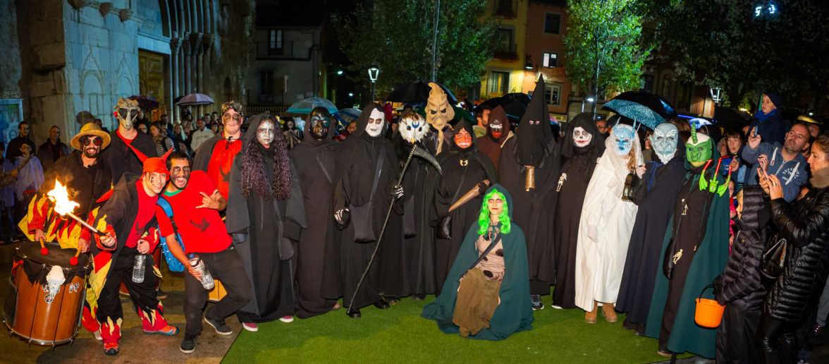 Els Espantanens i la Colla de Dimonis de Puigcerdà